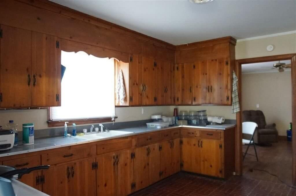 kitchen of a class c rental house - Where to Buy an Investment Property