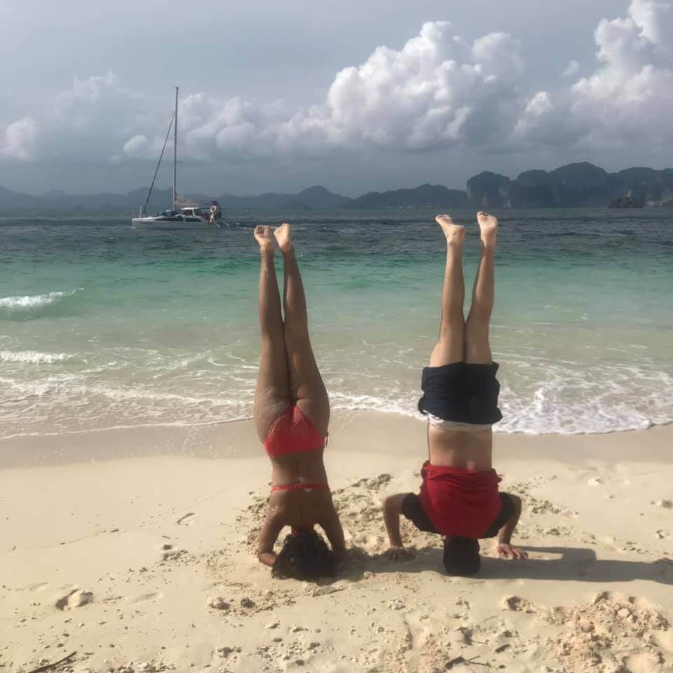 Headstand - How to Achieve Financial Independence in 3 Years With House Hacking
